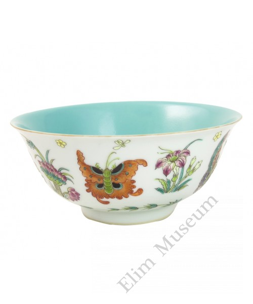 1025   A Guang-Xu Fengcai Bowl with Floral and Butterflies