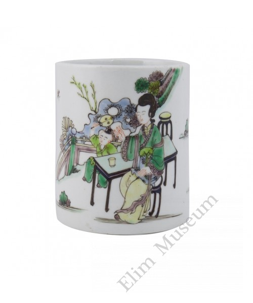 1141  A Kang-Xi Wucai brush pot in mother and son theme