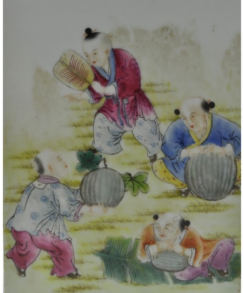 1146 A Qian-Long square vase fengcai playing childern