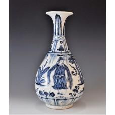 1662 A B&W Yuhuchun vase with mythical figures