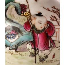 """1665 A fengcai""""firework-players"""" vase"""