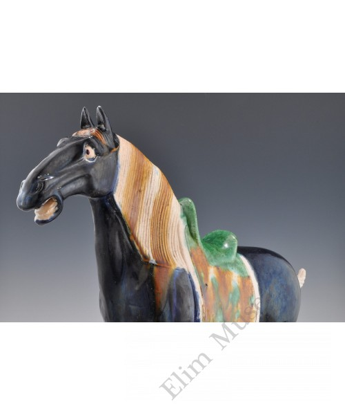 1681:A blue glaze Shancai horse