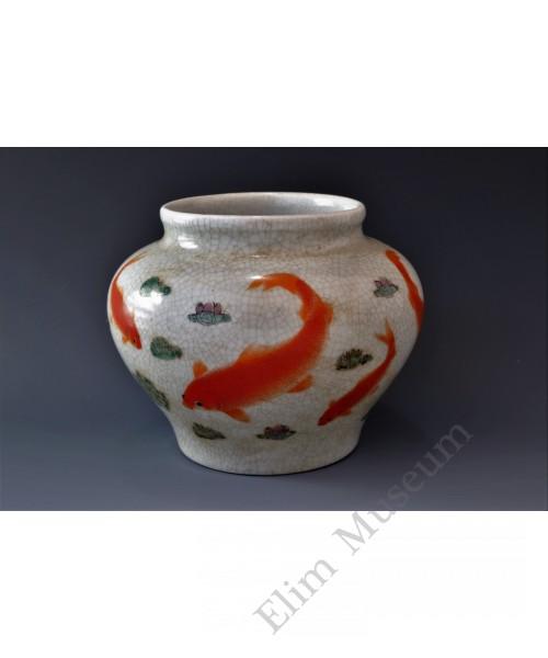 1749  An overglaze polychrome porcelain jar