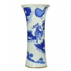 "1191 A B&W vase figures of ""the Three Kingdoms"""
