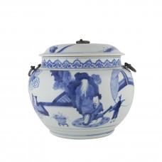 1250 Kang-Xi B&W porridge pot with figures