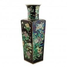 1034   A Pair of Kang-Xi Sancai four seasons noire vases
