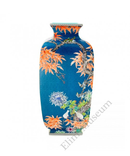 1054  A Qian-Long Yangcai birds-flowers lantern vase