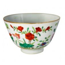 1068  A fengcai bowl décor with flowers