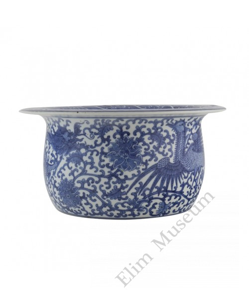 1098   A  Qianlong B&W wash basin with phoenix and dragon